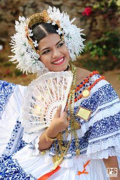 Pollera, Panama Beautiful Mexican Women, Blue And White Dress, Folk Costume, Bobbin Lace, Traditional Dresses, Fashion Beauty, Carnivals, Homeland, Wedding