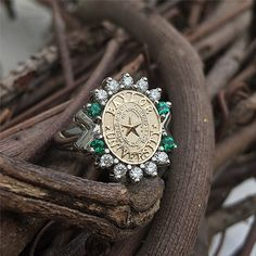 Baylor custom 14KTT diamond and chatham emerald ring. #sicem #baylor #baylorring #bu #bayloruniversity #universityjewelry #sanjose #Waco #TX