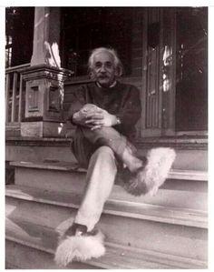 Albert Einstein chillin in his fuzzy slippers.
