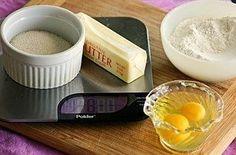 Pour faire un gâteau parfait sans recette, utilisez la même quantité de sucre que de farine, et d'œufs que de matière grasse.   21 astuces faciles qui donneront un meilleur goût à votre nourriture