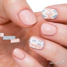 Des ongles aztec oui mais pastel siouplé !! http://cakoapaillettes.fr/blog/aztec-pastel/