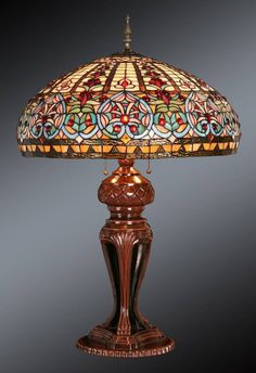 VICTORIAN ELEGANCE * TIFFANY STYLE STAINED GLASS LAMP in Home & Garden, Lamps, Lighting & Ceiling Fans, Lamps