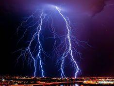Lightning strikes in Arizona