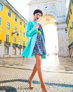 a Vibrant Soul - ALEXANDRA MUNZEL - FASHION STYLIST, INTERNATIONAL
