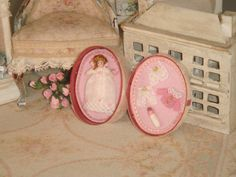 Dollhouse Oval box with dolly and by ANABELAMINIATURES on Etsy