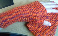 Basic Fingerless Mittens - Crochet Me- I just finished making a pair of these, it's an easy pattern!