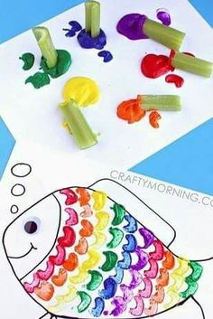 Celery Stamping Rainbow Fish Craft for Kids. - - Celery Stamping Rainbow Fish Craft for Kids. Celery Stamping Rainbow Fish Craft for Kids. Rainbow Fish Crafts, Ocean Crafts, The Rainbow Fish, Rainbow Fish Activities, Rainbow Fish Eyfs, Hawaiian Crafts, Kids Rainbow, Under The Sea Crafts, Under The Sea Theme