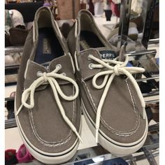 Hate to name drop but...#sperrys #sperrytopsiders #shopgood #goodwillfinds