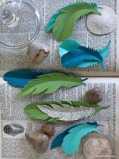DIY paper feathers by Juliana Brutsche
