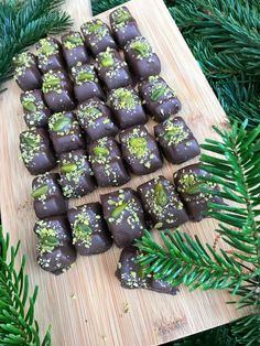 Christmas Snacks, Christmas Candy, Christmas Cookies, Chocolate Sweets, Cheat Meal, Marzipan, Confectionery, Cake Cookies, Food Inspiration