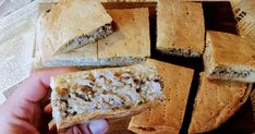 Ruokaisa lihapiirakka valmistuu helposti uunipellillä ja on helppo iltapala viemään nälän. Banana Bread, Gluten Free, Cheese, Desserts, Food, Glutenfree, Tailgate Desserts, Deserts, Essen