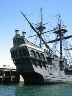 Black Pearl Pirate Ship I
