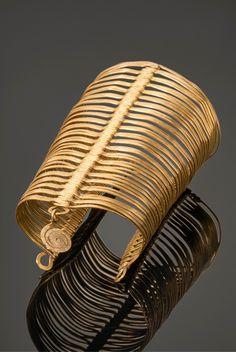 Cuff bracelet   Alexander Calder. Brass wire. ca. 1945   125'000$ ~ sold (May '14)