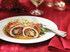 This is the Aged Cheddar Turkey Cutlets recipe. Turkey Cutlet Recipes, Cutlets Recipes, Meat Recipes, Christmas Meat, Cheddar, Turkey Cutlets, Sauce Caramel, Sauteed Vegetables, Spinach Stuffed Mushrooms