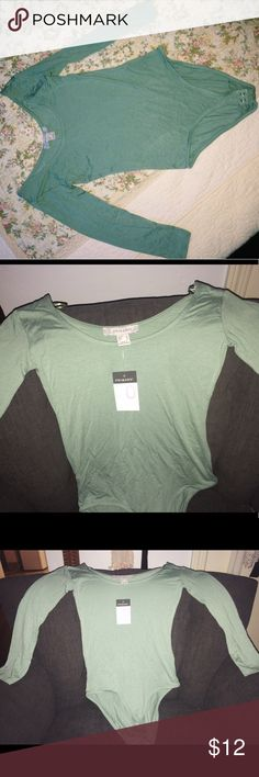 PRIMARK mint green bodysuit🌿 Size zero. Bought the wrong size. Never worn Brandy Melville Tops