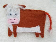Cow brooch, animal bagde, felt jewellery, Hereford cow, gift for her Hereford Cows, Cow Gifts, Acrylic Wool, Gift For Lover, Needle Felting, Badge, Gifts For Her, Handmade Items, Shops