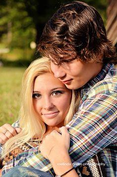 Fall couple photoshoot