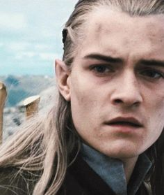 Legolas's face directly after the loss of Gandalf is perfect. Being an elf, this is where he experiences death for the first time, and fully understands how people react to it.
