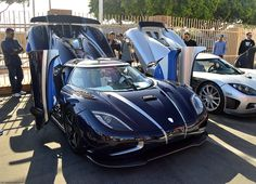 Looking for similar pins? Follow me! http://kohlsson.link/1W5N6ws   kevinohlsson.com Koenigsegg Agera R in Southern California [5400x3900]