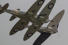 Spitfire Mk1 Tight Formation