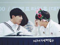 BTS @ 2015 Fansigning - 3rd mini album 화양연화 pt.1 - 150525 Daegu (Daegu Department Store)