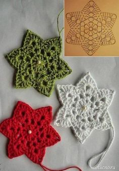 Crochet Garland, Mobiles, Christmas Decorations, Christmas Ornaments, Christmas Inspiration, Crochet Crafts, Christmas Projects, Lana, Snowflakes