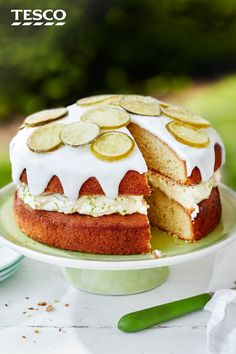 What could be better than a cake soaked in gin? With all the traditional flavours of a gin and tonic, this zesty afternoon tea treat layers juniper sponges with a lime cream filling and a boozy syrup for a refreshing spin on the classic British aperitif. | Tesco