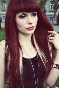 Usually not my kind of style, but this is so vamp. Love it.