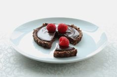 No Bake Tartelettes with Raw Chocolate Ganache Filling at Choosing Raw