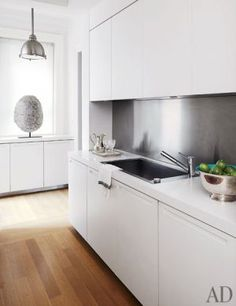 At home with Nina Garcia in her Upper East Side apartment - kitchen | www.myLusciousLife.com