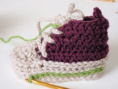 かぎ針でベビーコンバース(側面) 無料編み図③ - Let's try! Blog Entry, Baby Shoes, Knitting, Crochet, Kids, Chrochet, Toddlers, Boys, Tricot