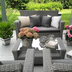Picture from last summer 🌷🌸 - mom - Design Rattan Furniture