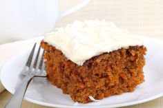 Le carrot cake est un savoureux dessert, encore faut-il savoir qu'il est poss… Carrot cake is a tasty dessert, you should know that it is possible to make a sweet cake and Easy Cakes To Make, How To Make Cake, Food To Make, Dessert Thermomix, Robot Thermomix, Cake Recipes, Dessert Recipes, Icing Recipe, Crack Crackers