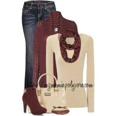 Cute fall outfit would love with riding boots