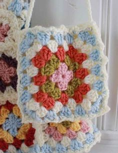 Picture of Granny Square Purse Crochet Pattern