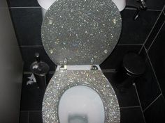 Glitter Toilet. Oh My God. I shouldn't even know about this.