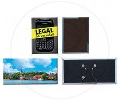 Magnete big personaliizzato, composto da un foglio sulla parte personalizzata assemblato con un magnete nella parte sottostante. Personalizzabile fino a 6 colori.