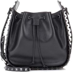 Valentino Valentino Garavani Rockstud Noir Leather Bucket Bag (1 980 AUD) ❤ liked on Polyvore featuring bags, handbags, shoulder bags, black, 100 leather handbags, genuine leather purse, leather shoulder bag, real leather handbags and leather handbags