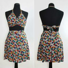High waist pleated culotte shorts and matching floral halter top by Alderglen circa early 1940s. Typical of 1930s – 1940s 'playwear' these brightly