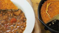 How to Make Black-Eyed Peas and Cornbread