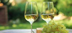 Sure-fire wine & cheese pairings Chenin Blanc, Cheese Pairings, Wine Pairings, Harvest Party, Pork Tenderloin Recipes, Wine Cheese, Goat Cheese, Sauvignon Blanc, Fragrance Oil