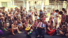 Bloquinho infantil 'Tindotetê' vai cantar sobre maternidade real