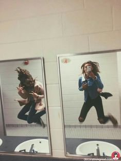 15 Selfies for friends who are almost like sisters - - Bff Pictures Bff Pics, Photos Bff, Cute Friend Pictures, Cute Pictures, Tumblr Love Pictures, Photos Of Girls, Friend Picture Poses, Squad Pictures, Crazy Photos