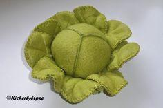 Anleitungen für Kinderküche und Kaufladen: Kopfsalat mit abnehmbaren Blättern aus Filz oder F...