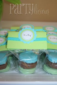Cute party favors. Oreos dipped in colored chocolate