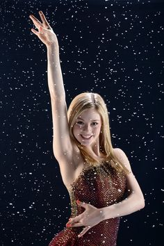 Gracie Gold Photos - Figure skater Gracie Gold poses for a portrait during the USOC Portrait Shoot on April 2013 in West Hollywood, California. Gracie Gold, Figure Skating Quotes, West Hollywood California, Beautiful Athletes, Skating Dresses, Sports Photos, Ice Queen, Winter Olympics, Winter Sports
