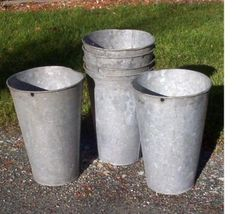 Galvanized flower buckets..love these things