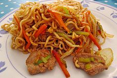 Gebratene Nudeln Asia, elke hellwig, Asia Fried noodles (recipe with picture) by niciha Hamburger Meat Recipes, Sausage Recipes, Cooking Recipes, Noodle Recipes, Shrimp Recipes, Chicken Recipes, Asian Recipes, Mexican Food Recipes, Healthy Recipes