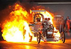 He's flaming crazy: Daredevil drag racer fulfils dream by performing banned 'burnout' stunt Hot Rods, Nhra Drag Racing, Auto Racing, Top Fuel Dragster, Drag Bike, Vintage Race Car, Drag Cars, Car Humor, Stunts