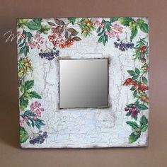 Decopatch Ideas, Decoupage, Ikea, Paper Crafts, Diy Crafts, Frame Crafts, Chalk Paint, Decorative Items, Scrapbook